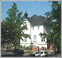 Institut Außenansicht